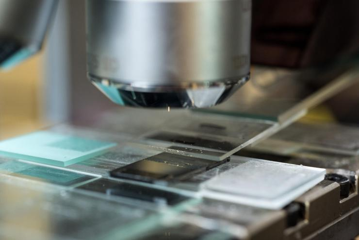 Studying perovskite crytals produced with MASP